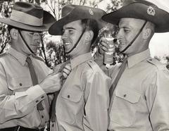 ArmyparadeKapooka1965centredavidsandoe.jpg