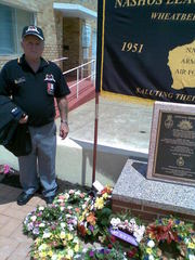 Bob_at_Northam_Memorial14%20feb%202012.jpg